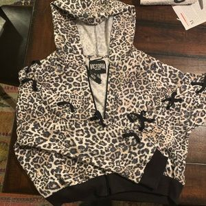 Victoria Sport Cropped Fleece Cheetah Hoodie